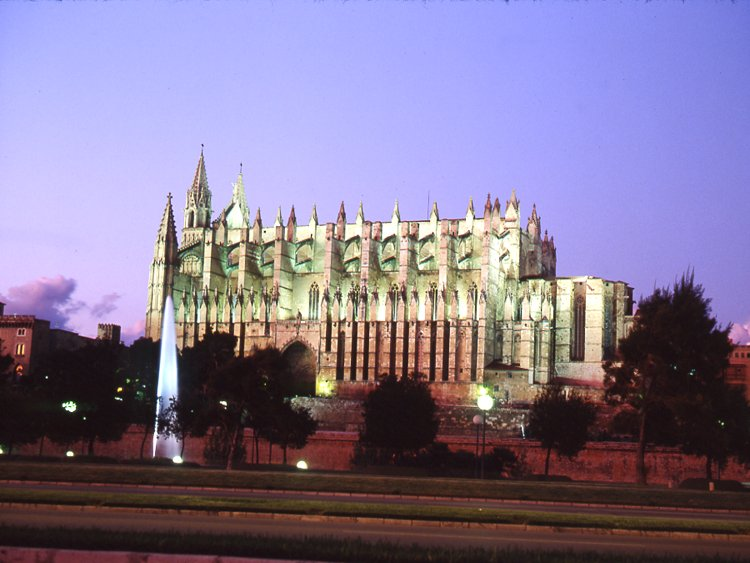 121-09_catedral_1
